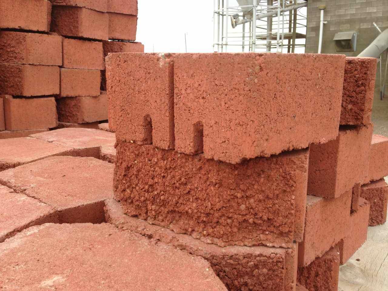 White Retaining Wall Blocks : Boral garden wall retaining walls